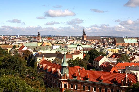http://img.plug.it/sg/viaggi2008/upload/cra/cracovia-skyline.jpg