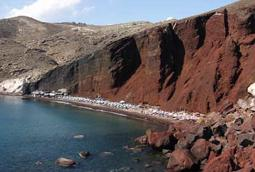 Santorini red beach 367