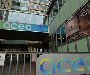Acea Fitch conferma rating outlook stabile