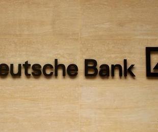 Deutsche Bank titolo 10 trim1 sopra attese avverte target Cet1