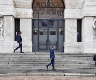 Borsa Milano chiude rialzo, +1 05%,