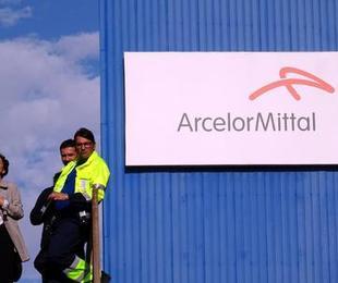 Arcelor Mittal iniziato sciopero negli stabilimenti italiani Vertice governo sindacati
