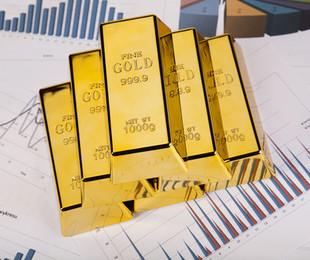 Azioni comprare per guadagnare con oro Opinioni consigli analisti