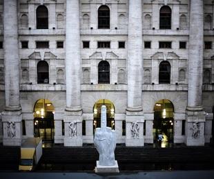 Borse europee chiudono calo Piazza Affari ù con banche
