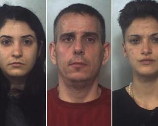 Catania, blitz i due quartieri: cinque arresti per spaccio di droga