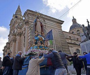 Ragusa: si celebra domani in Cattedrale, senza fedeli, la festa di Maria Santissima della Medaglia