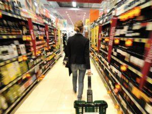 FASE DUE - Frutta, verdura, pesce... lievitano i prezzi e a Brolo spariscono le offerte... Effetto bonus?