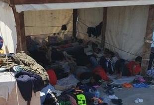 Migranti, in arrivo nave per quarantena tra Lampedusa e Pozzallo