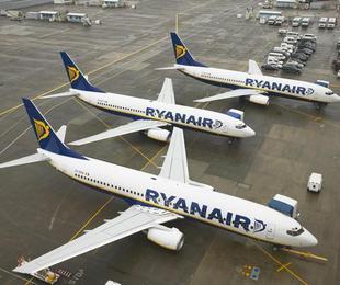 Ryanair prevede il licenziamento di 3000 P N C, aumenteranno i prezzi dei biglietti?