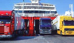 Pozzallo, autotrasportatori discriminati a Malta: creata base stoccaggio