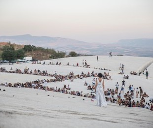 Teatro tornano Orestiadi Gibellina con omaggio Fellini