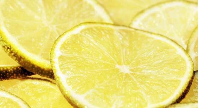 Dieta del limone sgonfia pancia in 2 giorni menù facile